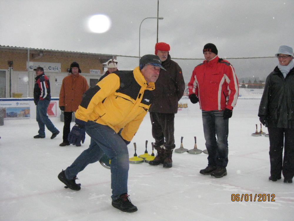Eisstock Grümpelturnier 2012 11